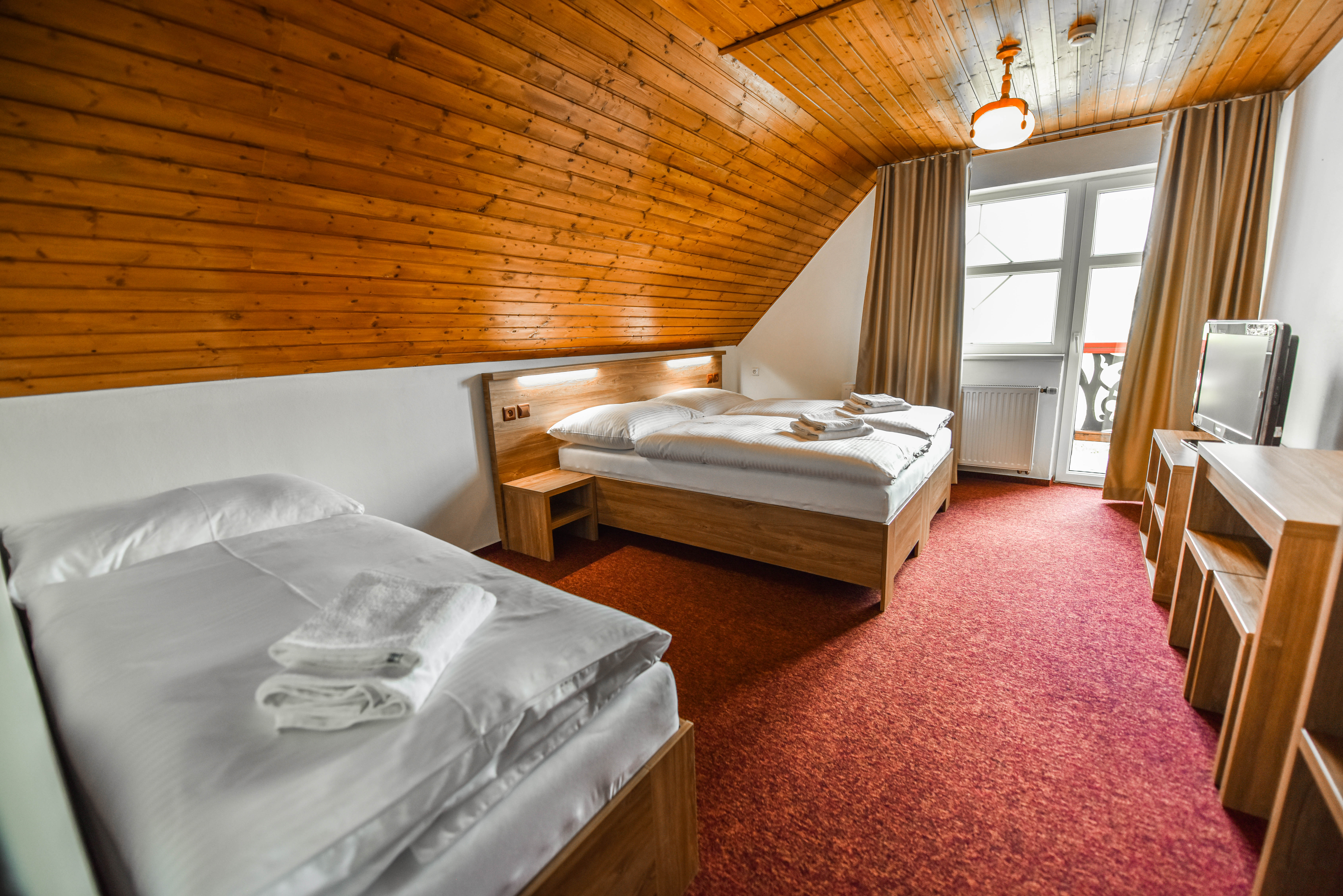 Trojlôžková izba penzion Lomnicky